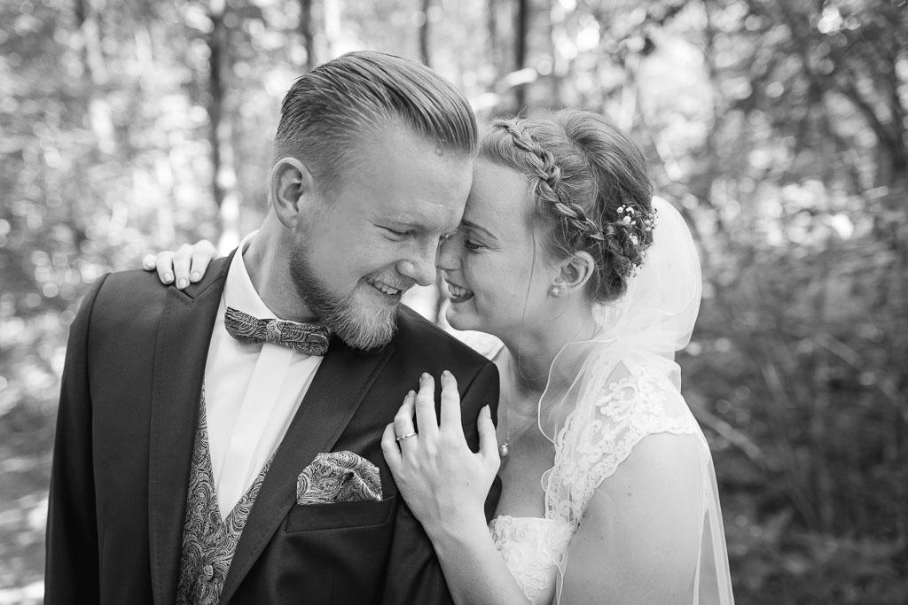 Romantische Hochzeit am Haseufer