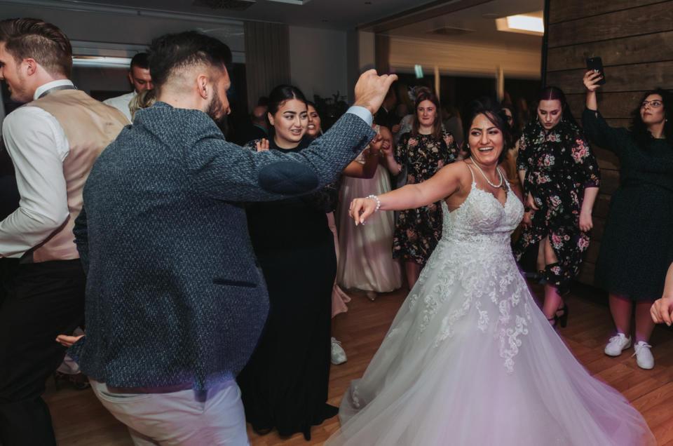 Kurdisch-deutsche Hochzeit voller Lebensfreude